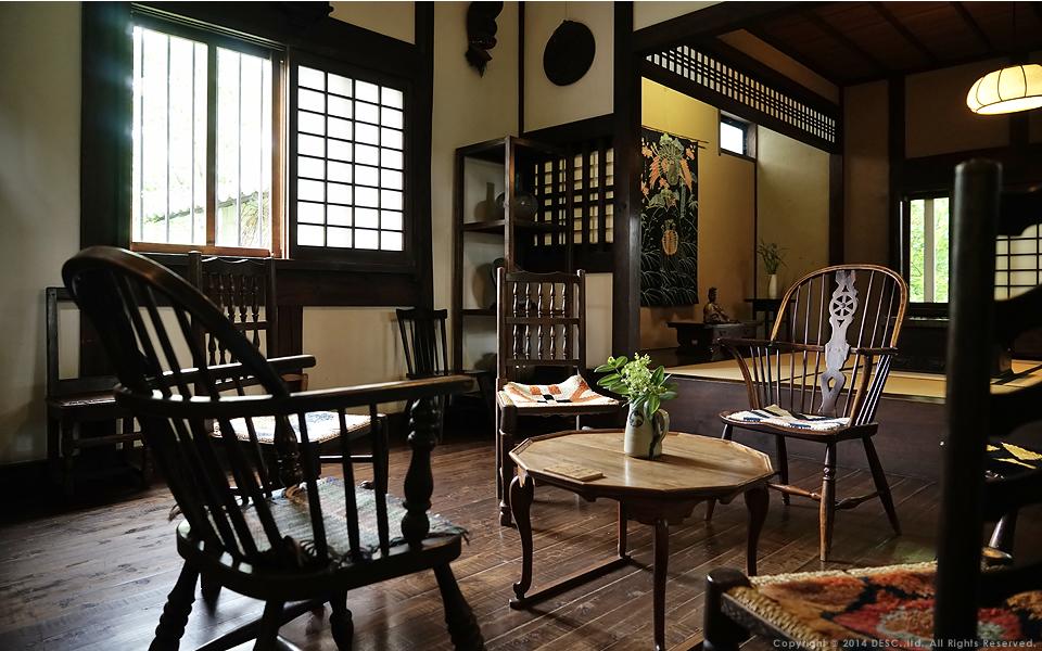 【松本民芸館】100年前のイギリス製チェア